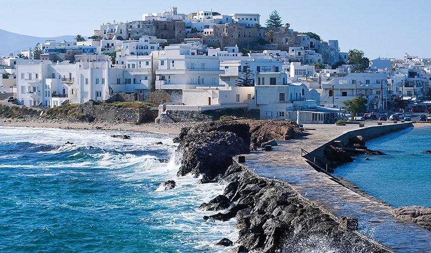Kombinace ostrovů Santorini + Paros + Naxos 2* hotely