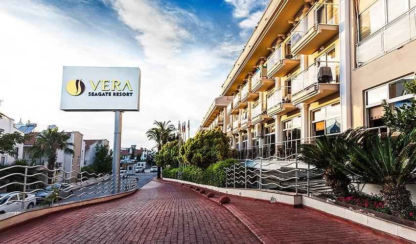 Hotel Vera Seagate Resort