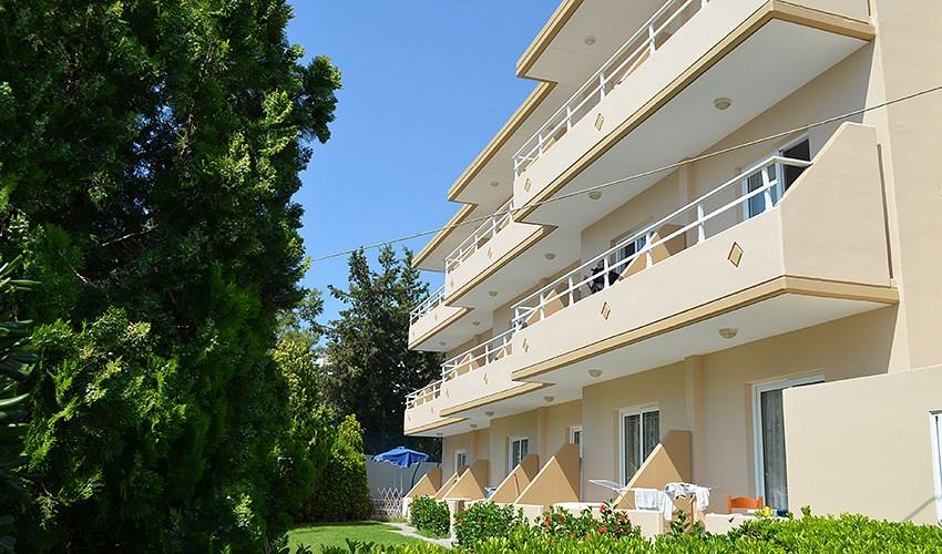 Apartmánový dům Tsambika -
