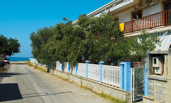 Apartmánový dům Lambiris -
