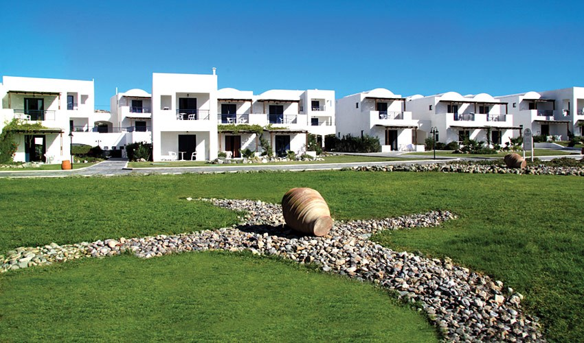 Hotel Lakitira Resort & Village -