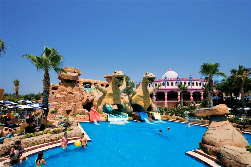 Hotel Kamelya World Holiday Village