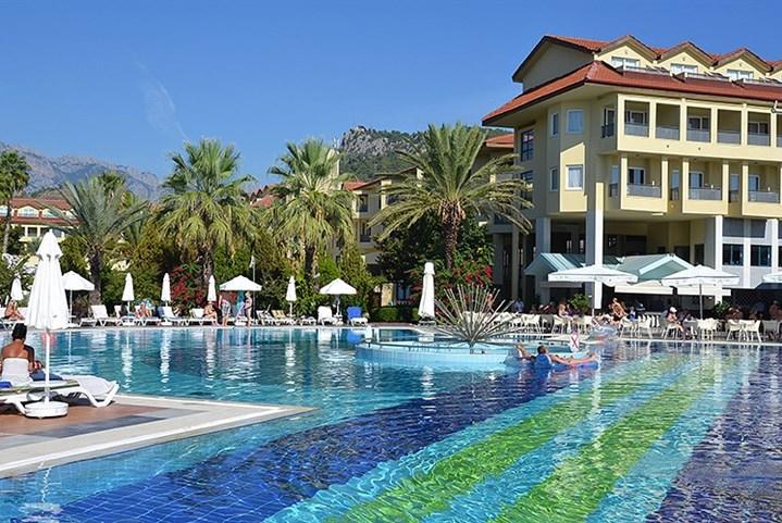 Hotel Queen´s Park Le Jardin Resort -