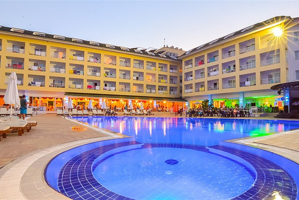 Hotel Pine House - Turecko