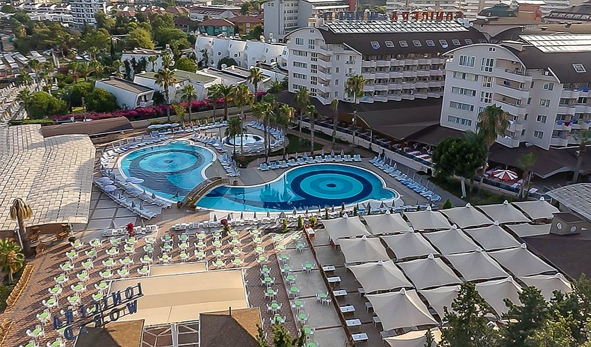 Hotel Club Lonicera World