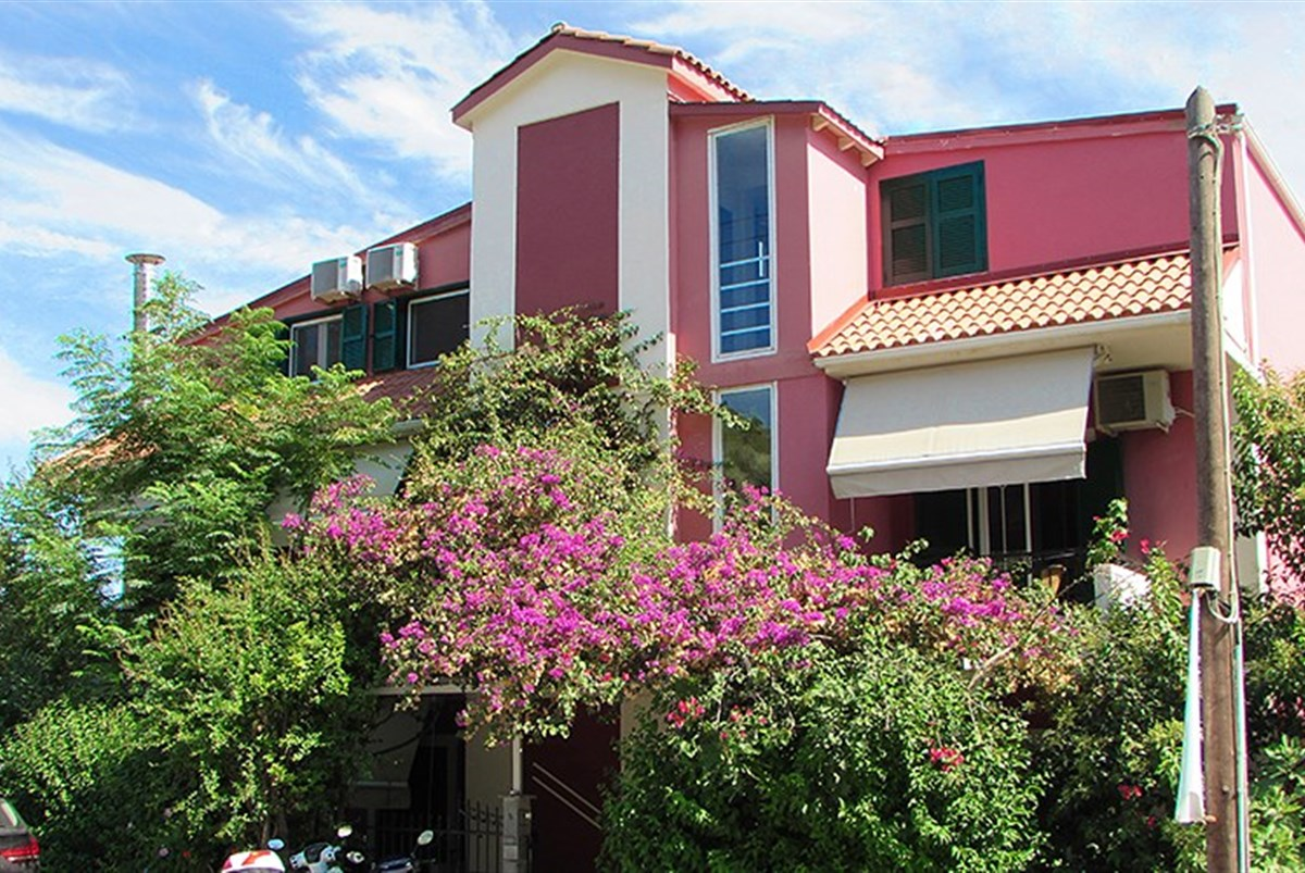 Aparthotel Logan´s Beach - Santorini
