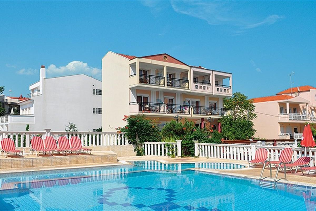 Aparthotel Limenaria Beach - Santorini