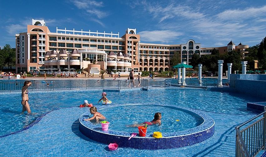 Hotel Marina Beach - Djuni
