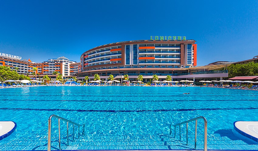Hotel Lonicera Resort & Spa -