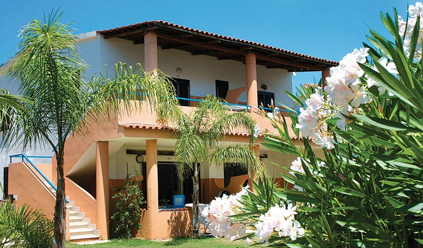 Apartmánový dům Esmeraldo - Kalábrie