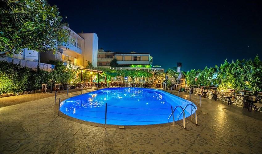 Hotel Roxani -