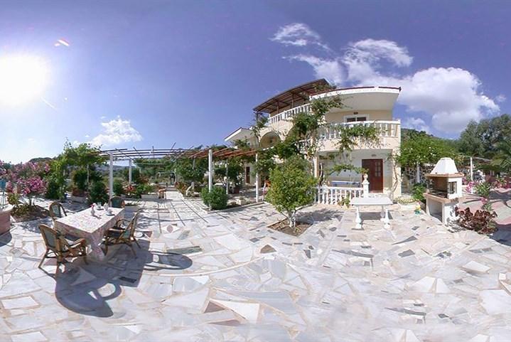 Apartmánový dům Irene - Santorini